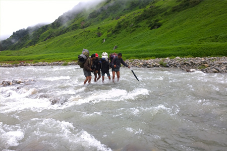 mandani-valley-trek